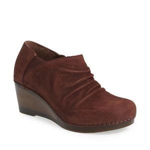 Dansko sheena Brown red slouchy leather wedge boot